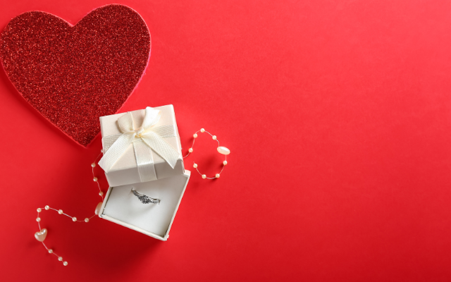 Choosing the Right Valentine's Day Jewelry