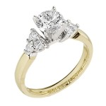 Engagement Ring featuring 6 Round Brilliant Diamonds with 0.35ctw in Yellow Gold