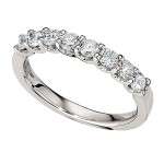 Wedding Band featuring 8 Round Brilliant Diamonds with 0.72ctw in Yellow Gold