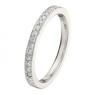 Wedding Band featuring 19 Round Brilliant Diamonds with 0.18ctw in White Gold