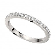 Wedding Band featuring 29 Round Brilliant Diamonds with 0.28ctw in White Gold