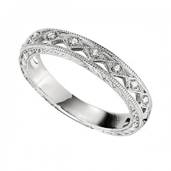 Wedding Band featuring 7 Round Brilliant Diamonds with 0.04ctw in White Gold